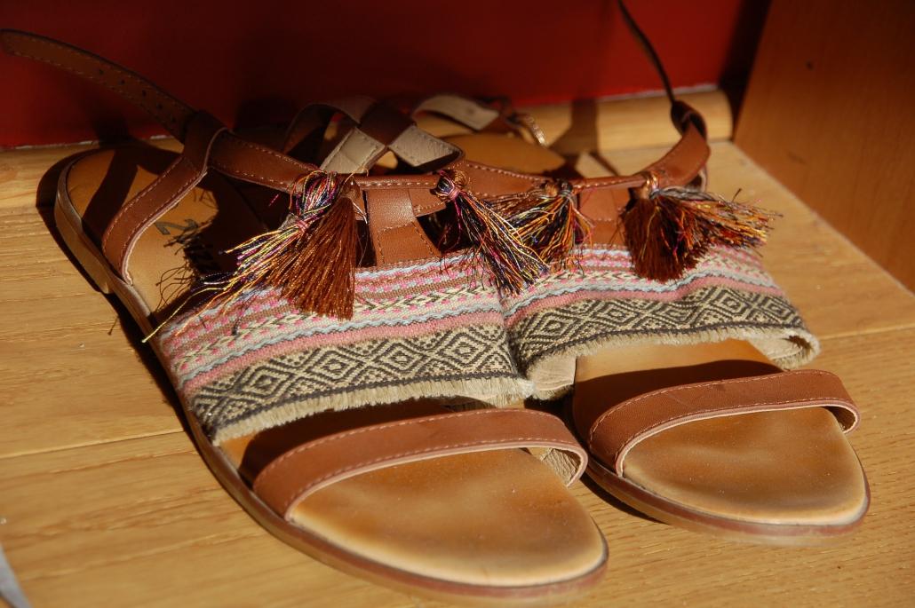galones para zapatos, cordones para zapatos, complementos para calzado